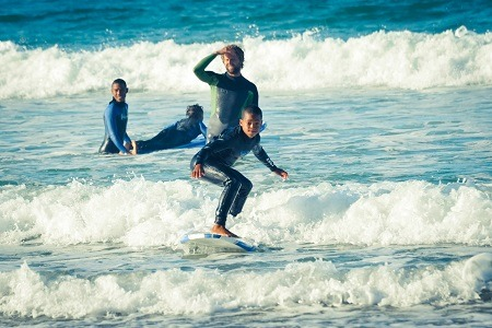 Surfing_with_Kids_1c